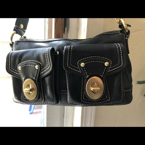 Coach Handbags - Coach. Classic gorgeous leather loved bag